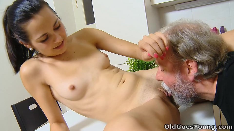 mother and daughter lesbian video