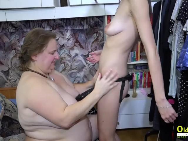 blonde mom seduction porn