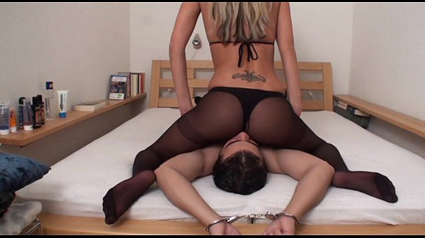 first time cuckolds wife gets bbc creampie