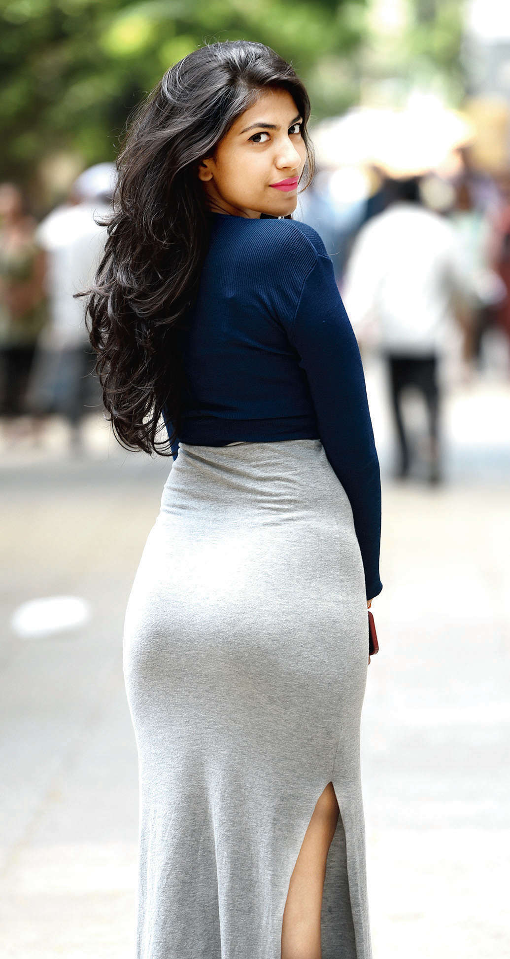 anne hathaway nude butt