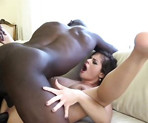 nude fat black pussy