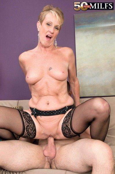free strip tease cam